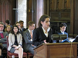 Τα τελευταία χρόνια έλληνες φοιτητές διακρίνονται σε οικονικές δίκες σε Ευρωπαϊκό αλλά και παγκόσμιο επίπεδο. Οι ίδιοι προετοιμάζουν τους εαυτούς τους για μια λαμπρή νομική καριέρα, ενώ αυξάνουν διεθνώς τη φήμη της νομικής επιστήμης στην Ελλάδα.