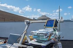 Κινητή μονάδα αφαλάτωσης, από το Τμήμα Μηχανολόγων Μηχανικών του MIT. Όταν η μονάδα συνδέεται με ηλιακούς συλλέκτες, μπορεί να παράγει πάνω από 5μιση λίτρα πόσιμου νερού την ώρα για κάθε τετραγωνικό μέτρο ηλιακού συλλέκτη που διατίθεται. Η Μηχανολογία έχει αμέτρητες εφαρμογές στο χώρο της Ενέργειας και του Περιβάλλοντος.