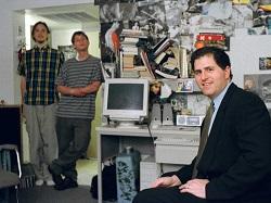 H Dell η πασίγνωστη αμερικανική πολυεθνική εταιρεία τεχνολογίας ιδρύθηκε σε ένα φοιτητικό δωμάτιο. Σήμερα ο όρος Επιχειρηματικότητα περιγράφει τόσο τις δραστηριότητες νεοφυών επιχειρήσεων (start-ups) όσο και πρωτοπόρων πρωτοβουλιών στο εσωτερικό μεγάλων και εδραιωμένων οργανισμών.